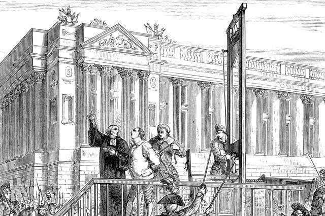 5-interesantes-datos-sobre-la-guillotina-que-te-haran-perder-la-cabeza-3